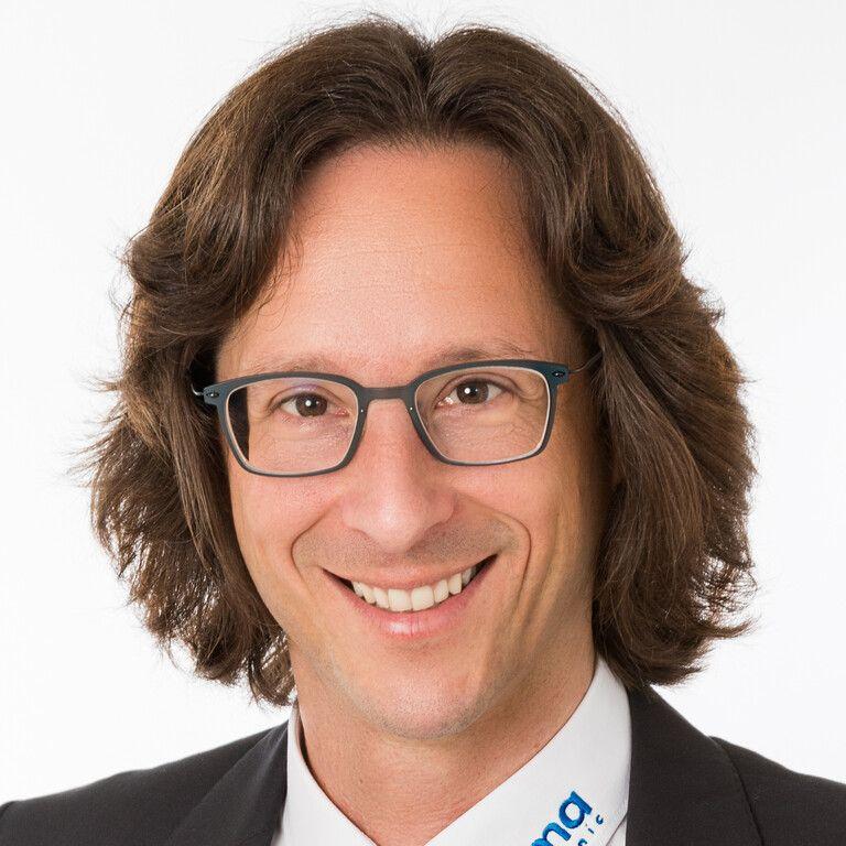 Oliver Helzle - Geschäftsführung - hema electronic GmbH