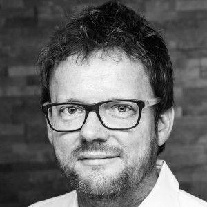 Dr. Ulix Göttsch - Produktionsplanung Karosseriefertigung Lasertechnik - Mercedes Benz AG