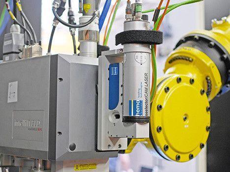 Qualitätssicherungssystem seelectorICAM LASER mit intelliWELD Laser und FANUC Roboter