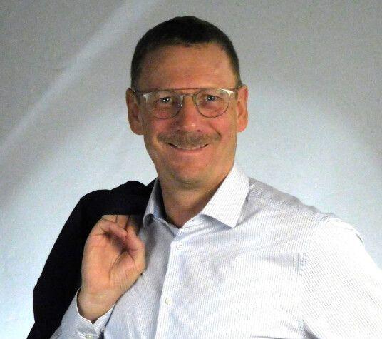 Jens Stapelfeldt - Technical Sales Lead EMEA - Xilinx GmbH