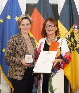 Charlotte Helzle receives business medal